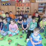 Den dětí s hudebním divadlem Hnedle Vedle